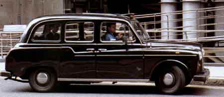Il mitico taxi londinese Austin FX 4 – Masterclass