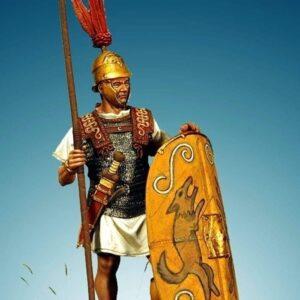 Roman Triarius